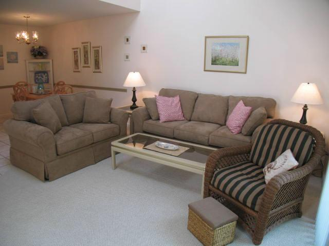 Living Area - Ocean Edge Townhouse with King Bed & Pool (fees apply) - HO0089 - Brewster - rentals
