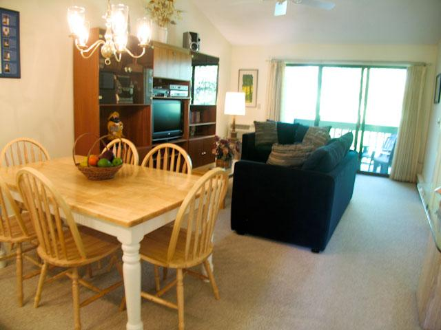 Living Dining Area - Ocean Edge: Upper Level with A/C & Pool (fees apply) - EA0070 - Brewster - rentals