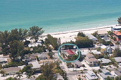 Just a Flip Flop Walk to the Gulf of Mexico - Gulfpath - 104A 29th St - Holmes Beach - rentals