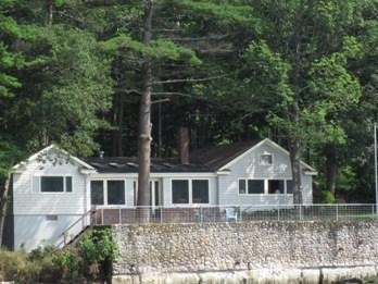 View of Clarks Cottage - CLARK'S COTTAGE | EDGECOMB MAINE | TIDAL SALT WATER RIVER | ASSOCIATION DOCK & FLOAT| INCREDIBLE VIEWS OF WATER, FORT AND WISCASSET BRIDGE - Edgecomb - rentals
