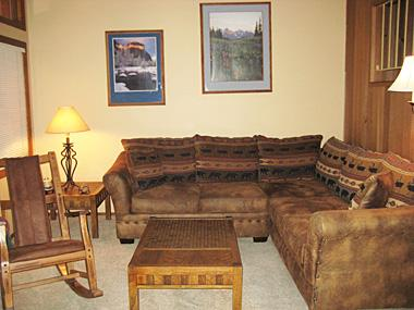 Living Room - Winterset - WS025 - Mammoth Lakes - rentals