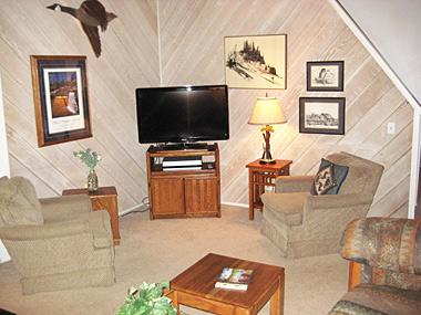 Living Room with Flatscreen TV - Sherwin Villas - SV68G - Mammoth Lakes - rentals