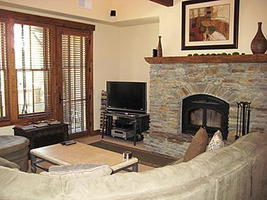Living Room - The Lodges - Snowcreek 6 - SL1158 - Mammoth Lakes - rentals