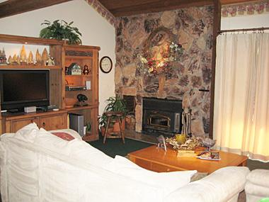 Living Room - Snowcreek - SC314 - Mammoth Lakes - rentals