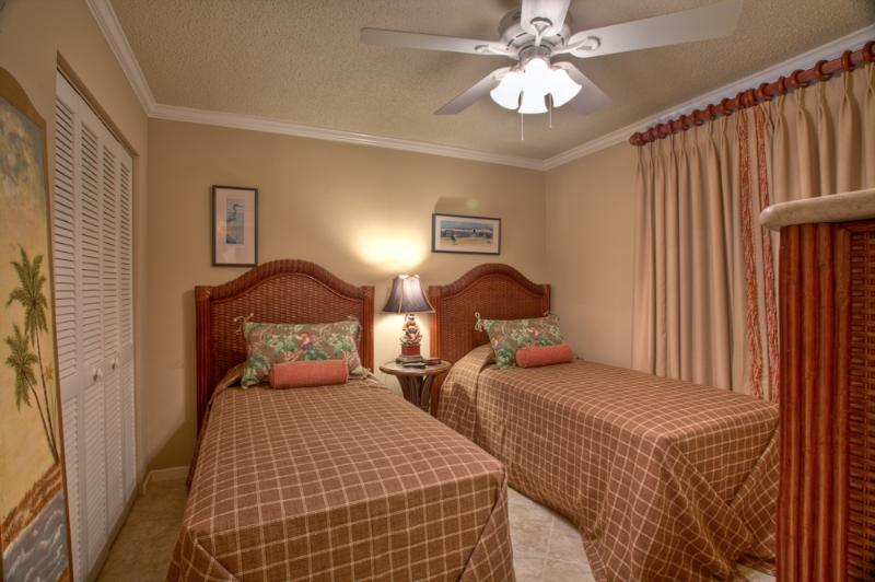 bc120-1.jpg - 2BR Oceanfront Condo at St. Simons Beach Club! Pool, Beach Access, Partial Ocean View - Saint Simons Island - rentals