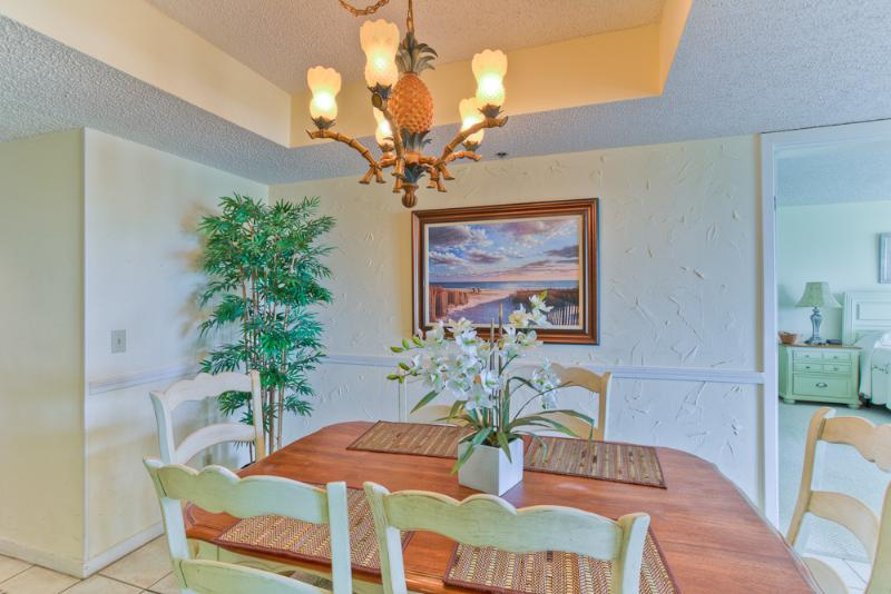 bc129-2013-1.jpg - 2BR Oceanfront Condo at St. Simons Beach Club! Pool, Beach Access, Direct Ocean View - Saint Simons Island - rentals