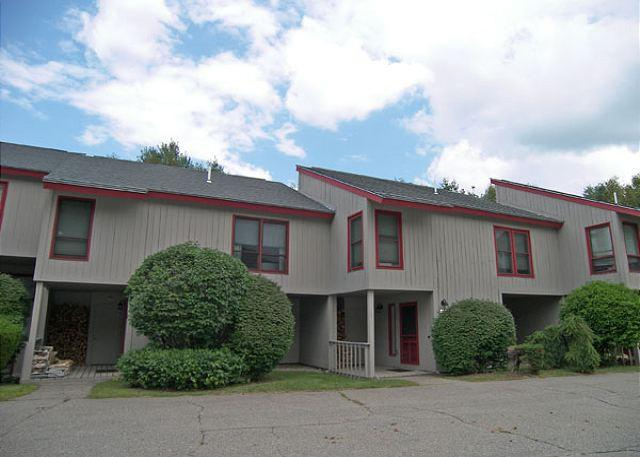 Outside of Building - Lincoln Station  24 - Managed by Loon Reservation Service - Lincoln - rentals