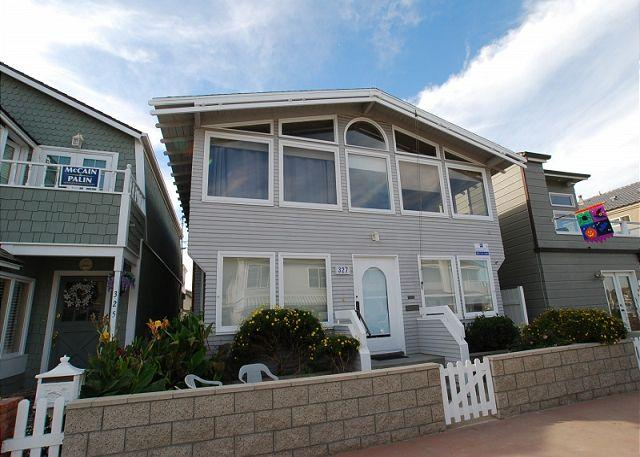 Steps to Bay! - Spacious 4 Bedroom Bayside Single Family Home! Excellent Location! (68221) - Balboa - rentals
