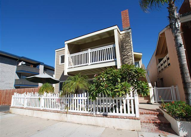 Newly Renovated - 1 House From Sand at Newport's Best Surf Break! (68111) - Image 1 - Newport Beach - rentals
