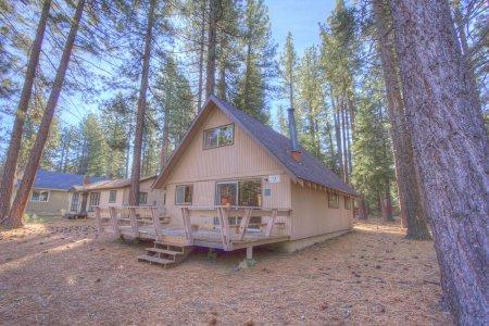 Adorable cabin perfect for families and for pets - CYH1071 - Image 1 - South Lake Tahoe - rentals