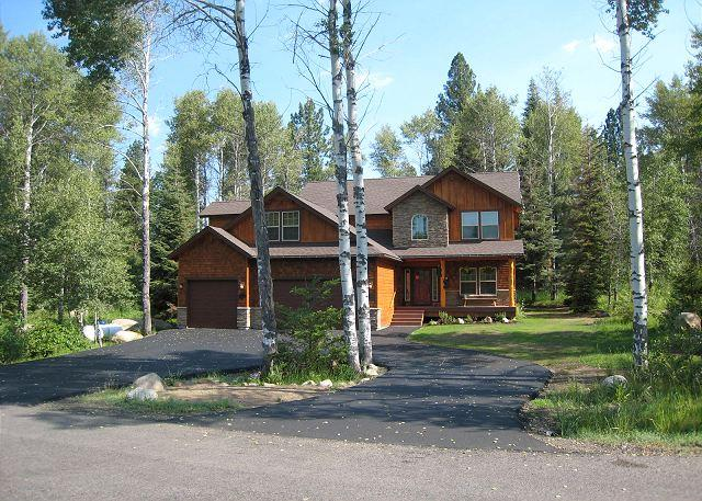Lazy Bear Lodge Spacious Home in Private Setting of Aspen Ridge - Image 1 - McCall - rentals
