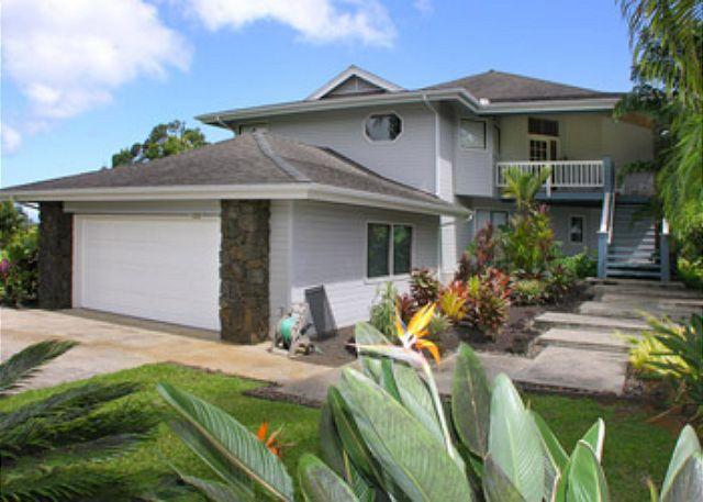 Front Entry - Kolepa Kai -- Mountain & Golf Course Views - Princeville - rentals