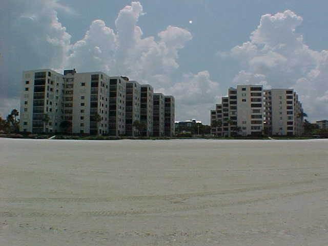 S-B611 - Image 1 - Fort Myers Beach - rentals