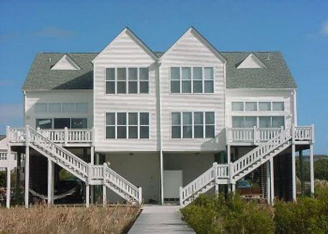 View of House - Dolphin Watch - 6 Bedroom Beach Front Beauty - Edisto Beach - rentals