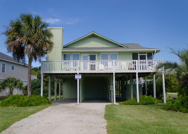 Obie's By the Sea - Screened Porch & Fantastic Location - Image 1 - Edisto Beach - rentals
