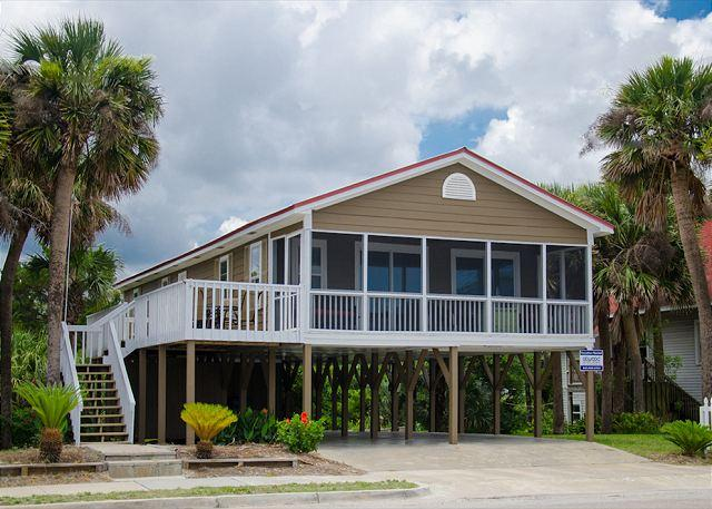All Tuckered Out - Charming Cottage With Ocean Views - Image 1 - Edisto Beach - rentals
