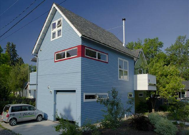Unique and fun home that is within walking distance to downtown Bozeman - Apple Treehouse - Bozeman - rentals