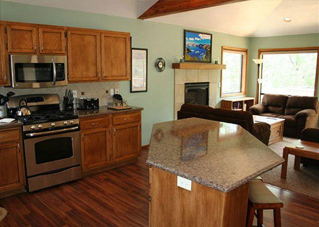 Bring the pets to this Sunriver vacation rental - Image 1 - Sunriver - rentals
