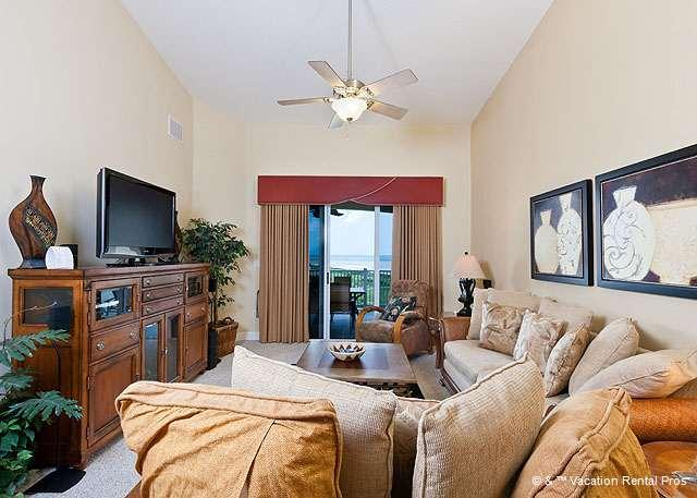 Relax in style and comfort & watch your favorite shows on TV! - 364 Cinnamon Beach Pent House, 6th Floor, Elevator, HDTV, Wifi - Palm Coast - rentals
