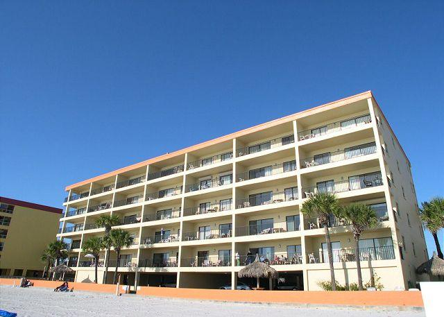 Las Brisas Exterior - Las Brisas 202 - Gulf Front three bedroom, two bath condo with pool & BBQ - Madeira Beach - rentals