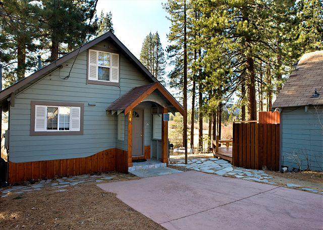 Front exterior - Craftsman style cabin with views on the river! - South Lake Tahoe - rentals