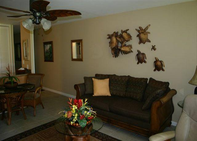 Living Room - Turtle Bay 025 West *** Available for 30 day rentals. Please call. - Kahuku - rentals