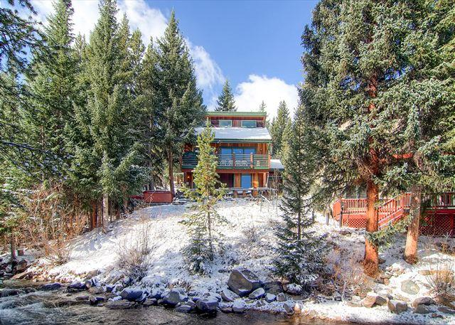 Rapids Retreat in Winter Breckenridge Lodging & Home Rentals - Rapids Retreat 4BR Home on River Pool Table Hot Tub WIFI Breckenridge Lodging - Breckenridge - rentals