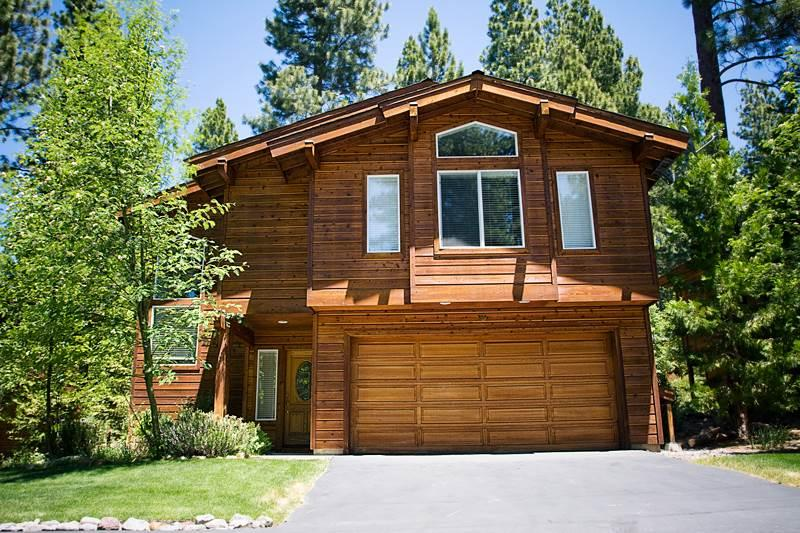 Upscale Home Close to Lake and Restaurants (19CCV) - Image 1 - Incline Village - rentals