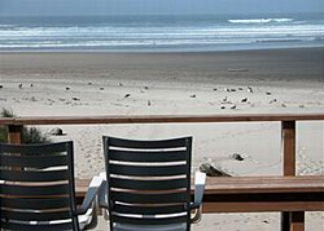 View from Deck - WAVE WALKER on the beach in MANZANITA - Manzanita - rentals