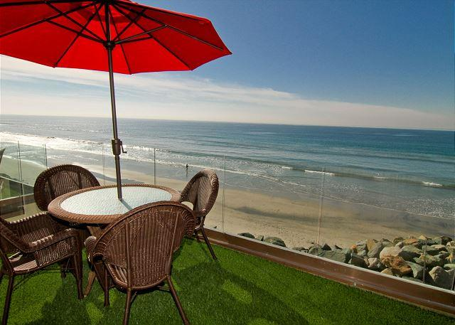 Oceanside Beachfront Rental - Beachfront Retreat with Rooftop Deck P518-1 - Oceanside - rentals