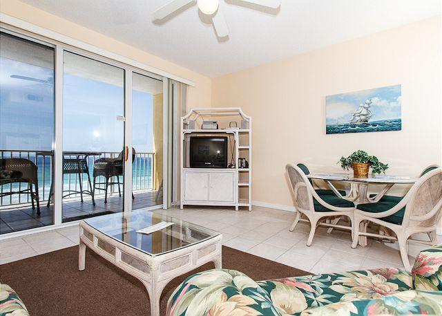 Living Room - GD 605:Beautiful gulfview condo-WIFI,balcony,pools,exercise rm, BBQ,BCH SVC - Fort Walton Beach - rentals