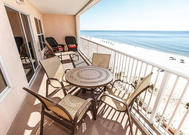Outstanding views from the 7th floor - Condo #7008: Beautifully remodeled condo- flatscreen TV, WiFi, kitchen, pool - Fort Walton Beach - rentals