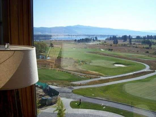Sweeping Views of the Golf Course and Lake - Lodge 417 Two-Story, Two-Bedroom, Two Bath Condominium End Condo. Sleeps 6. - Tamarack Resort - rentals