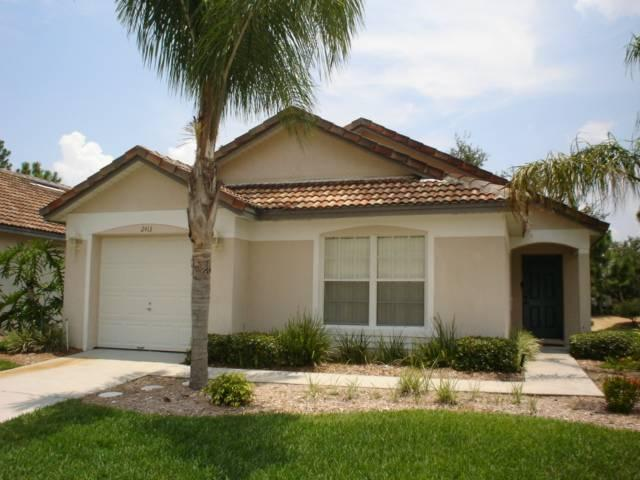 Family vacation home only 20min from Disney  - SA2413 - Image 1 - Haines City - rentals