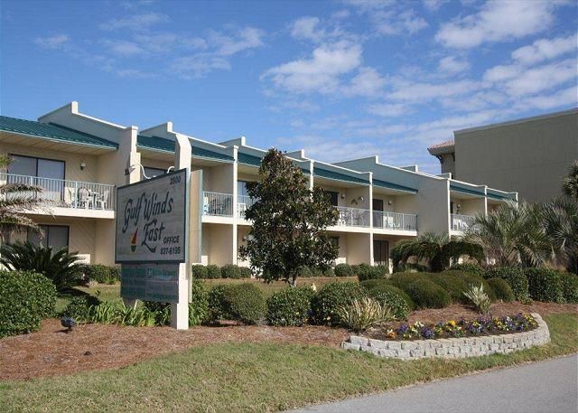 Gulf Winds East #22 Townhome ~Free Golf, Fishing, and Snorkeling~ - Image 1 - Miramar Beach - rentals