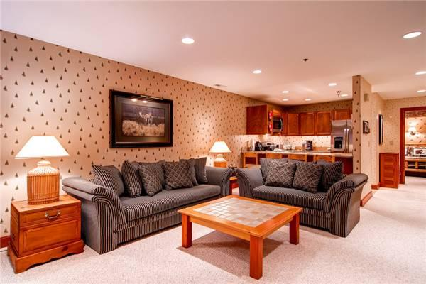 SILVER CLIFF 103:  Walk to Lifts! - Image 1 - Park City - rentals