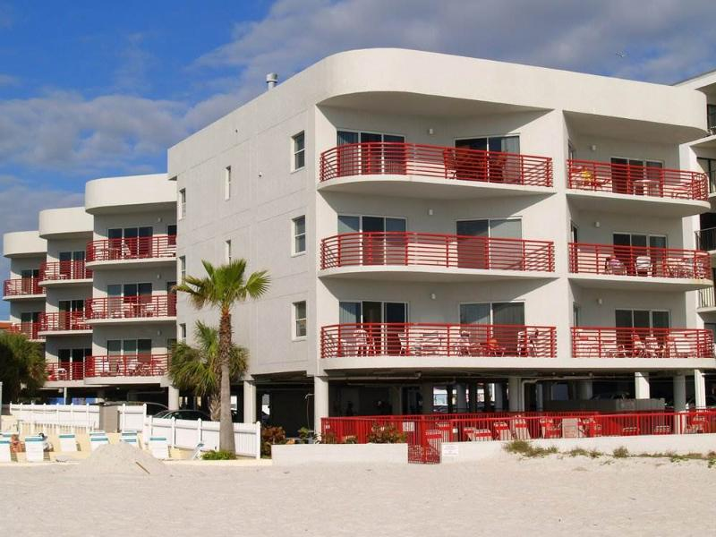 #101 at Crimson Condos - Image 1 - Madeira Beach - rentals
