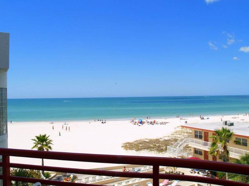 #303 at Crimson Condos - Image 1 - Madeira Beach - rentals