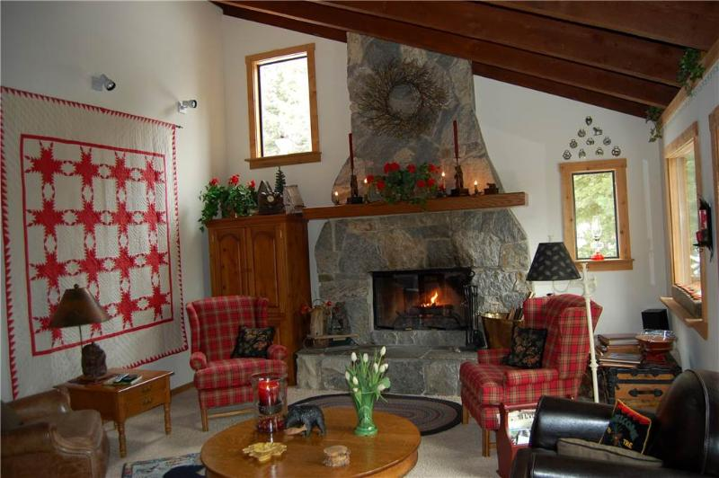 346 The Cozy Bear Home - Image 1 - Tahoe City - rentals