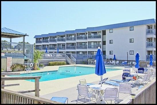 Savannah Beach and Racquet Club Pool - Beach and Racquet A228 - Tybee Island - rentals