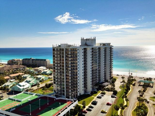 Ariel Dunes 1709 ***BEAUTIFUL LY DECORATED TOP NOTCH CONDO** 150 YARDS TO BEACH, MULTIPLE POOLS FOR YOUR ENJOYMENT - Image 1 - Destin - rentals
