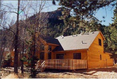 The River is Right in the Backyard - On Fall River - Estes Park - rentals