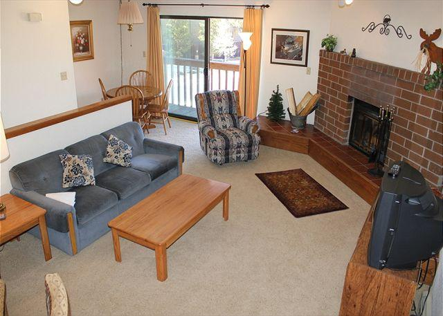 LG720C Great Condo w/Fireplace, King Bed, Clubhouse, Garage, Wifi - Image 1 - Frisco - rentals