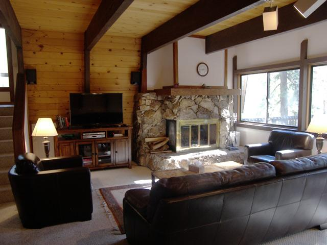 Fabulous House with 4 Bedroom/3 Bathroom in Incline Village (319WW) - Image 1 - Incline Village - rentals