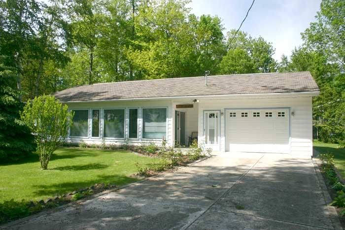 Rosey Day Cottage (#344) - Image 1 - Kincardine - rentals