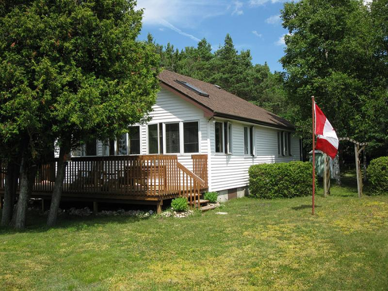 Sauble Beach cottage (#244) - Image 1 - Sauble Beach - rentals
