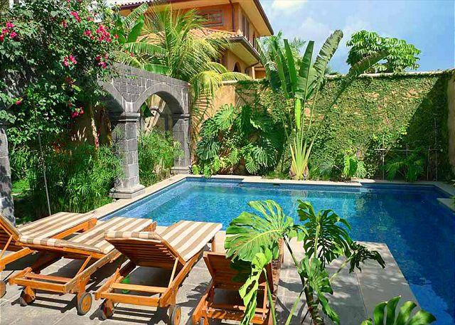 Pool - Elegant ground floor condo, by the pool & across from the beach! - Tamarindo - rentals