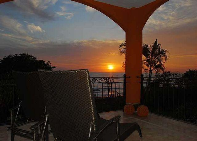 Balcony view - Amazing oceanview condo- kitchen, pool, cable tv, vonage phone, a/c, internet - Tamarindo - rentals