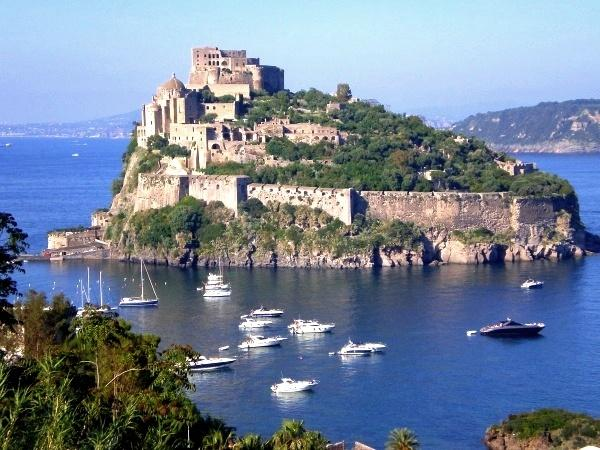 Rent an Apartment in a Castle on an Island Close to Ischia - Castello ll Regno - Image 1 - Ischia - rentals