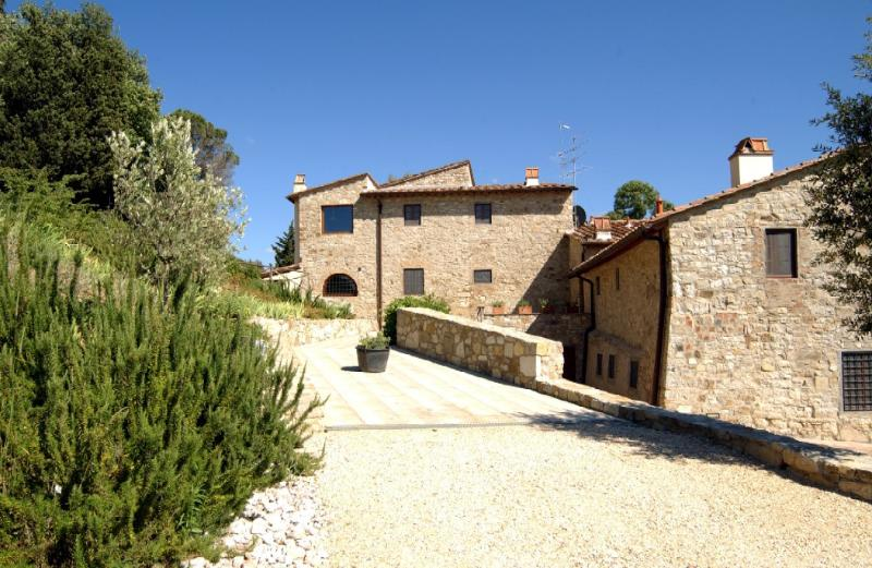 Apartment on a Chianti Wine Estate - Rosso 2 - Image 1 - Montefiridolfi - rentals